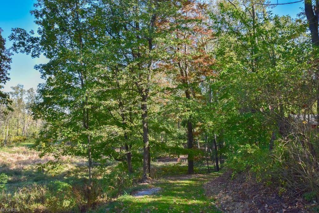 Kent Ave Ne, Hartville, OH 44632