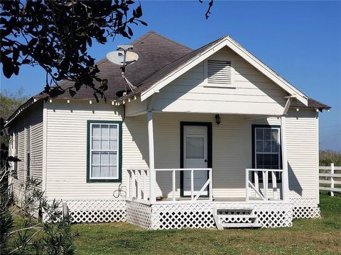 Photo of 1187 E County Road 2360, Riviera, TX 78379