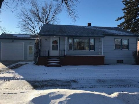 Photo of 207 Central Ave, New Rockford, ND 58356