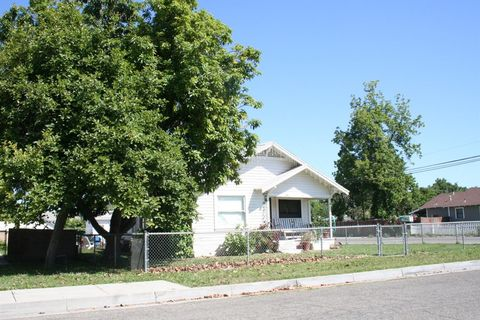 500 Monterey Ave, Chowchilla, CA 93610