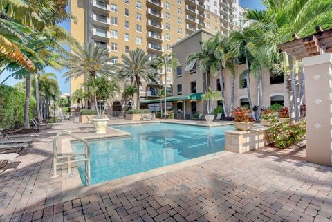 Photo of 616 Clearwater Park Rd Apt 509, West Palm Beach, FL 33401
