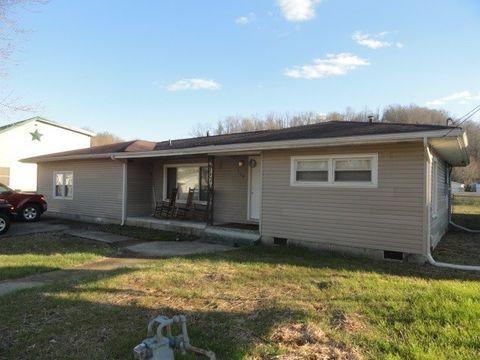 208 Kentucky Ave, Wurtland, KY 41144