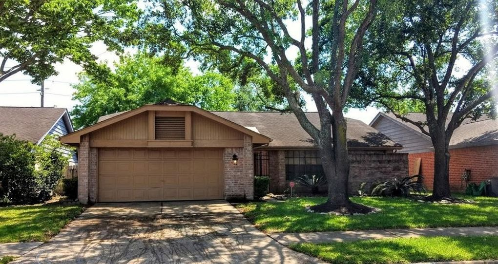 12043 Canterhurst Way, Houston, TX 77065