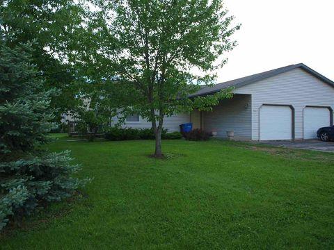 609 Kari St, Belleville, WI 53508