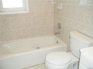 Bathroom Fixtures Yonkers Ny 54 farquhar ave, yonkers, ny 10701 - realtor®
