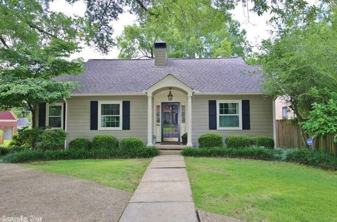 Photo of 5201 Country Club Blvd, Little Rock, AR 72207