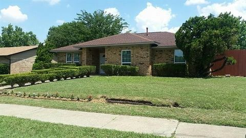 905 Rutherford Dr, Mesquite, TX 75149
