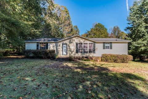 Photo of 776 Dave Smith Rd, Prospect Hill, NC 27314