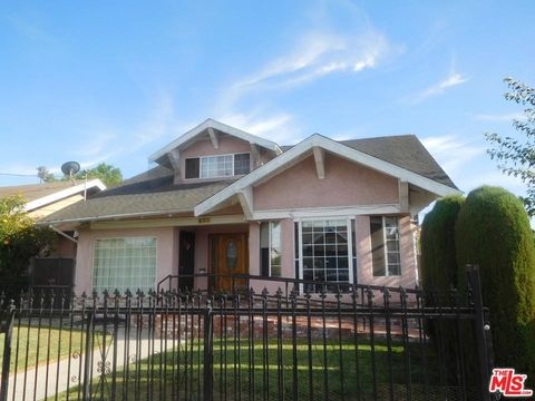 Photo of 628 W 52nd Pl, Los Angeles, CA 90037