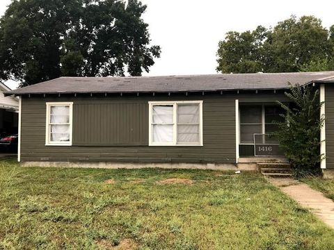 1416 Lawrence Dr, Waco, TX 76710