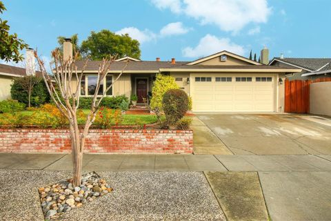 6190 Blossom Ave, San Jose, CA 95123