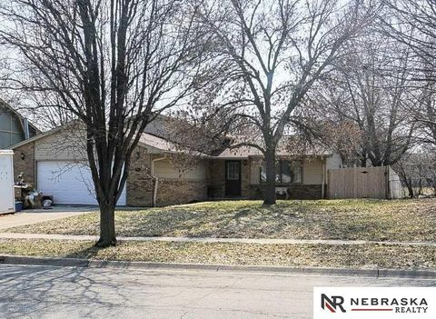 Photo of 501 W Beal St, Lincoln, NE 68521