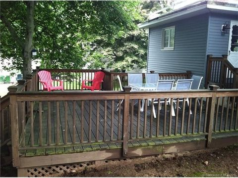 17 Bellaire Dr, Old Saybrook, CT 06475