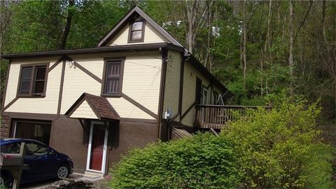 347 Seely Ave, Wall, PA 15148