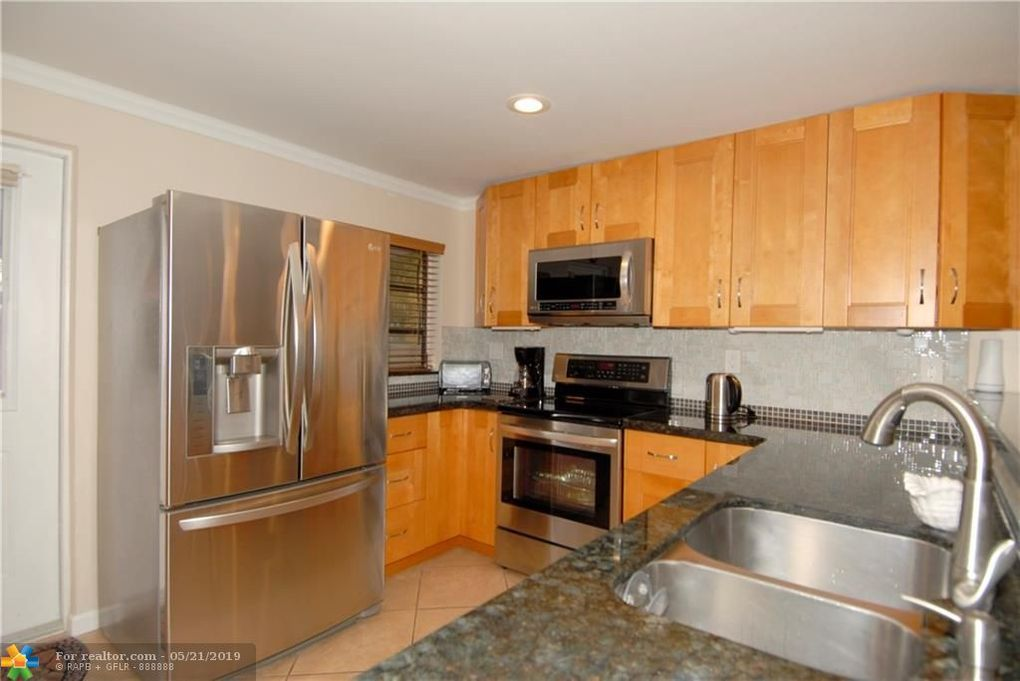 1663 Sw 28th Ave, Fort Lauderdale, FL 33312