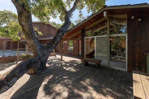 Photo of 15195 Park Dr, Saratoga, CA 95070