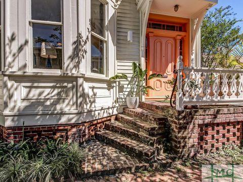 Photo of 820 Barnard St, Savannah, GA 31401