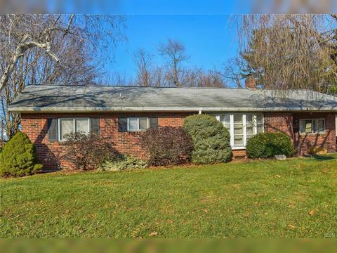 3307 Byrd Ave, South Whitehall Township, PA 18103