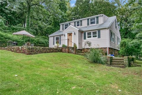 Incredible Waterfront Homes For Sale In Nyack Ny Realtor Com Interior Design Ideas Apansoteloinfo