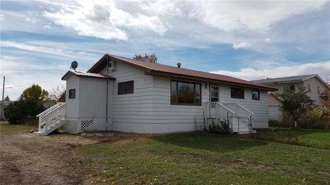 618 4th Ave N, Fairfield, MT 59436