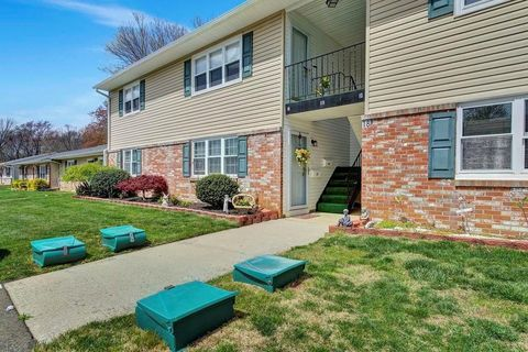 Photo of 18 Haven Dr Apt C, Old Bridge, NJ 07747