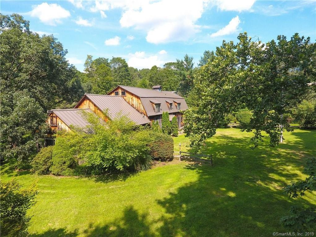 1484 Georges Hill Rd, Southbury, CT 06488