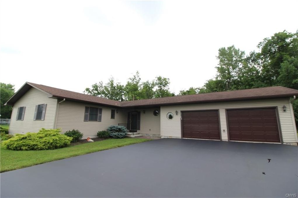 3168 Meadow View Ln Auburn, NY 13021