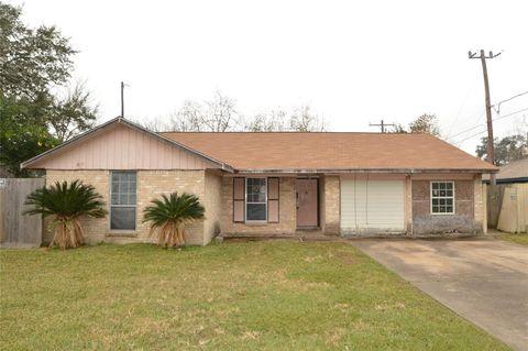 Photo of 10426 Aldis St, Houston, TX 77075