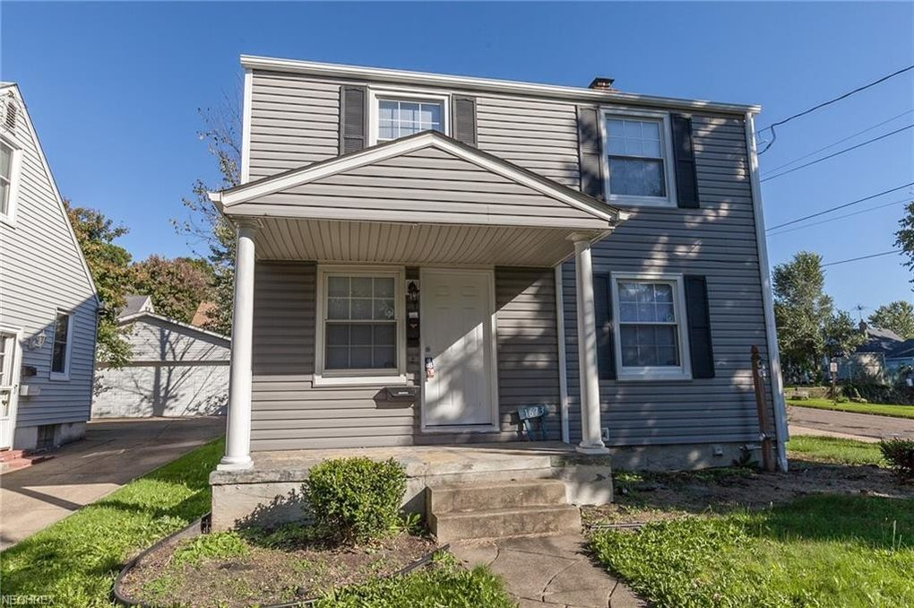 1673 Oakwood Ave, Akron, OH 44301