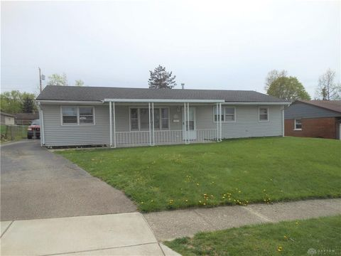 2902 Vale Dr, Kettering, OH 45420