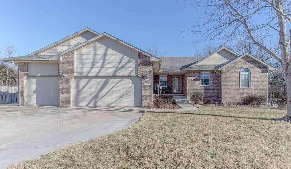 10233 W Pawnee Ct, Wichita, KS 67215