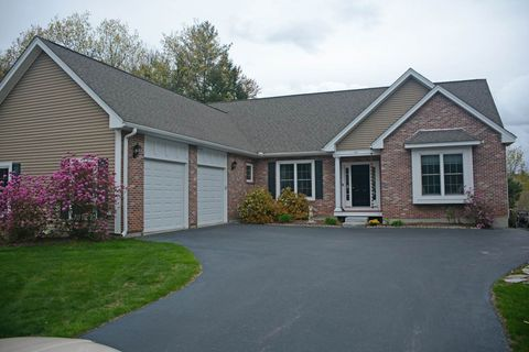 Photo of 917 Countryside Blvd, Manchester, NH 03102