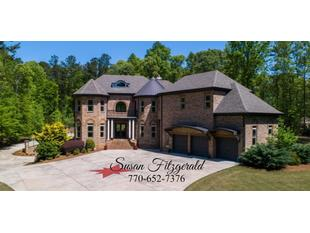 200 Platinum Ridge Pt Fayetteville, GA 30215