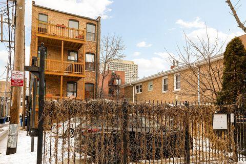 1546 W Cortez St Apt 3, Chicago, IL 60642