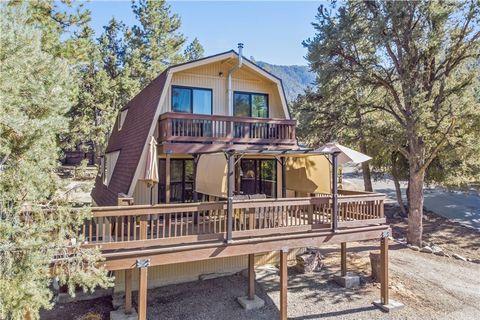 Photo of 2316 Maplewood Way, Pine Mountain Club, CA 93222