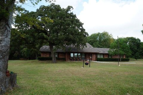 12530 County Road 1315  Malakoff  TX 75148Log Cabin  TX Real Estate   Log Cabin Homes for Sale   realtor com . Log Cabin Homes Dallas Tx. Home Design Ideas
