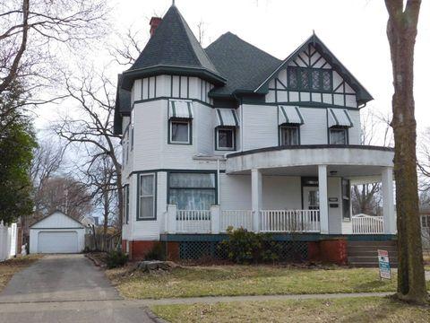 Photo of 212 S Morgan St, Olney, IL 62450