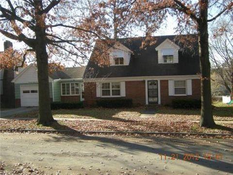 1702 Olive St, Higginsville, MO 64037