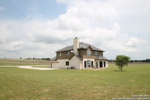184 Turnberry, La Vernia, TX 78121