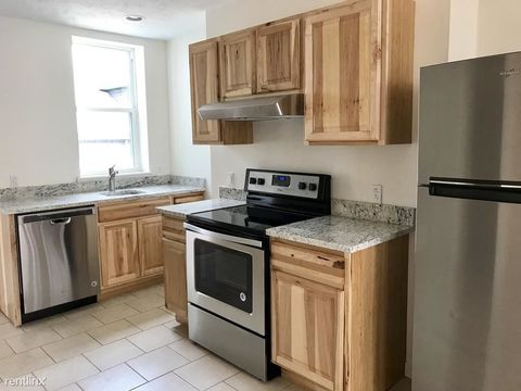 Photo of 5321 Carnegie St Unit 2, Pittsburgh, PA 15201