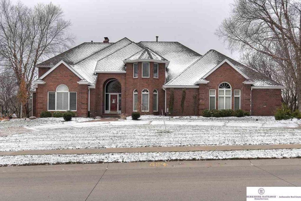 15667 Webster St, Omaha, NE 68118