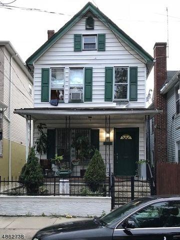 100 Oraton St, Newark, NJ 07104