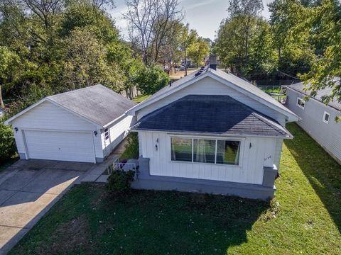 2136 Sherer Ave, Dayton, OH 45414