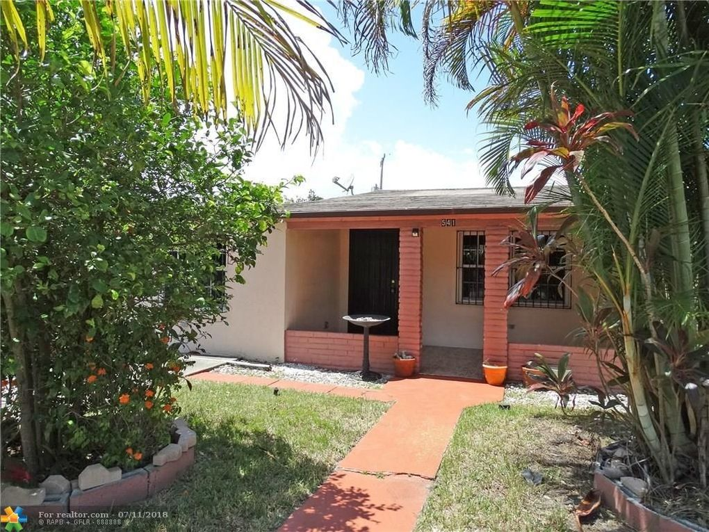 541 Nw 143rd St, Miami, FL 33168
