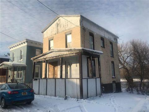 1015 Huntington St, Watertown, NY 13601