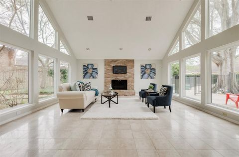 Houston Tx Houses For Sale With Swimming Pool Realtorcom