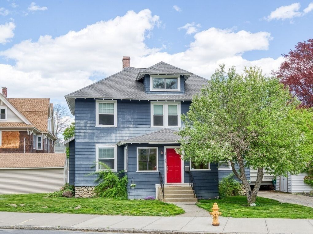 34 Franconia St Worcester, MA 01602