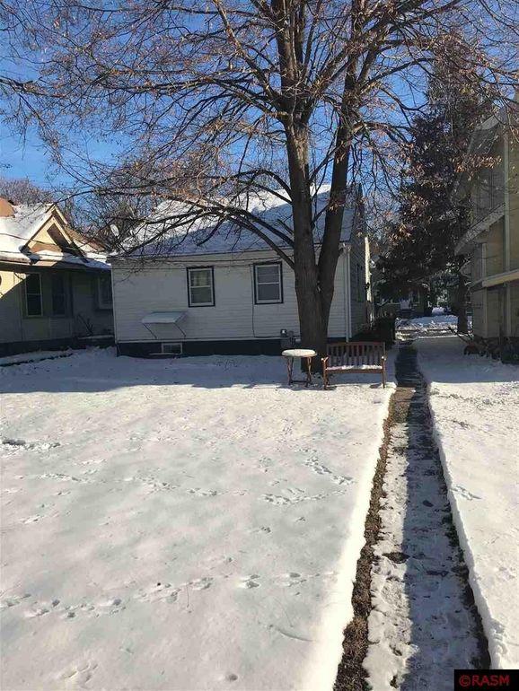 1120 N 4th St, Mankato, MN 56001