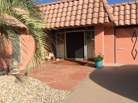 Photo of 9401 W Briarwood Cir, Sun City, AZ 85351