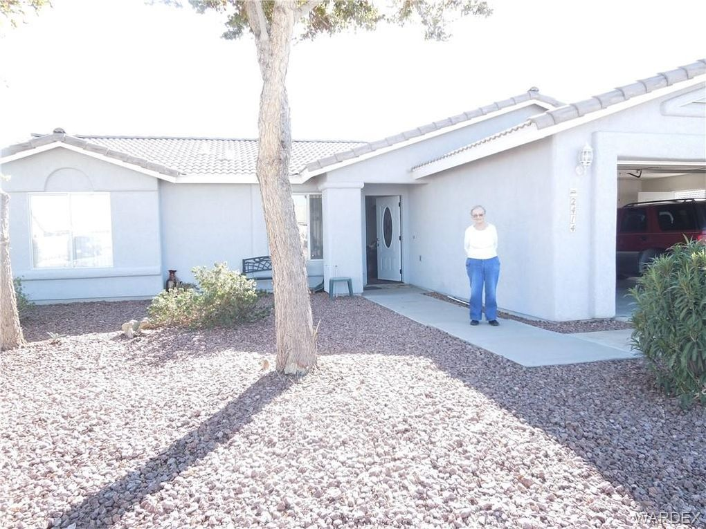 2414 E Prickly Pear Dr, Mohave Valley, AZ 86440